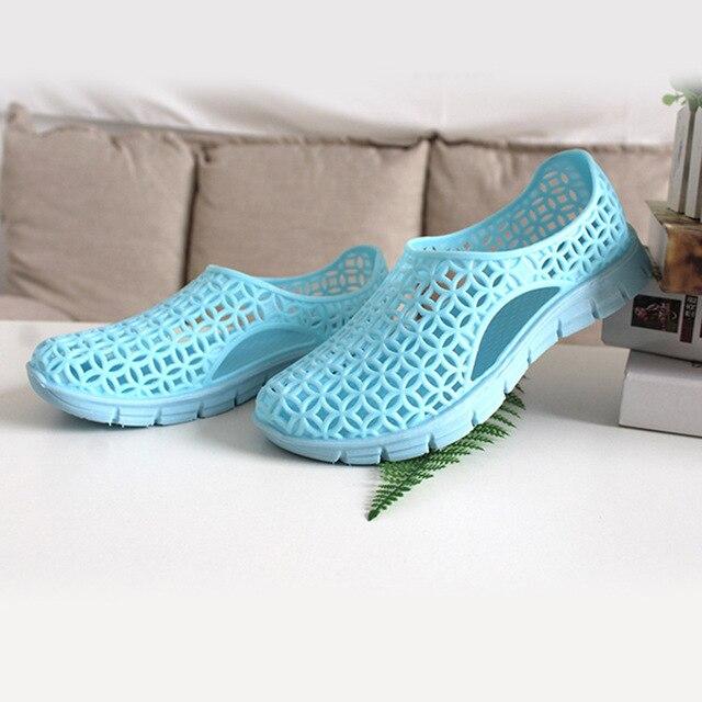 Фото сандалии женские с круглым носком повседневная дышащая обувь