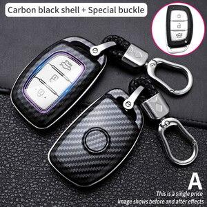 Carbon Fiber Smart Car Key Case Cover For Hyundai tucson IX25 IX35 I20 I30 I40 hb20 Santa Fe Creta Solaris accessories keychain