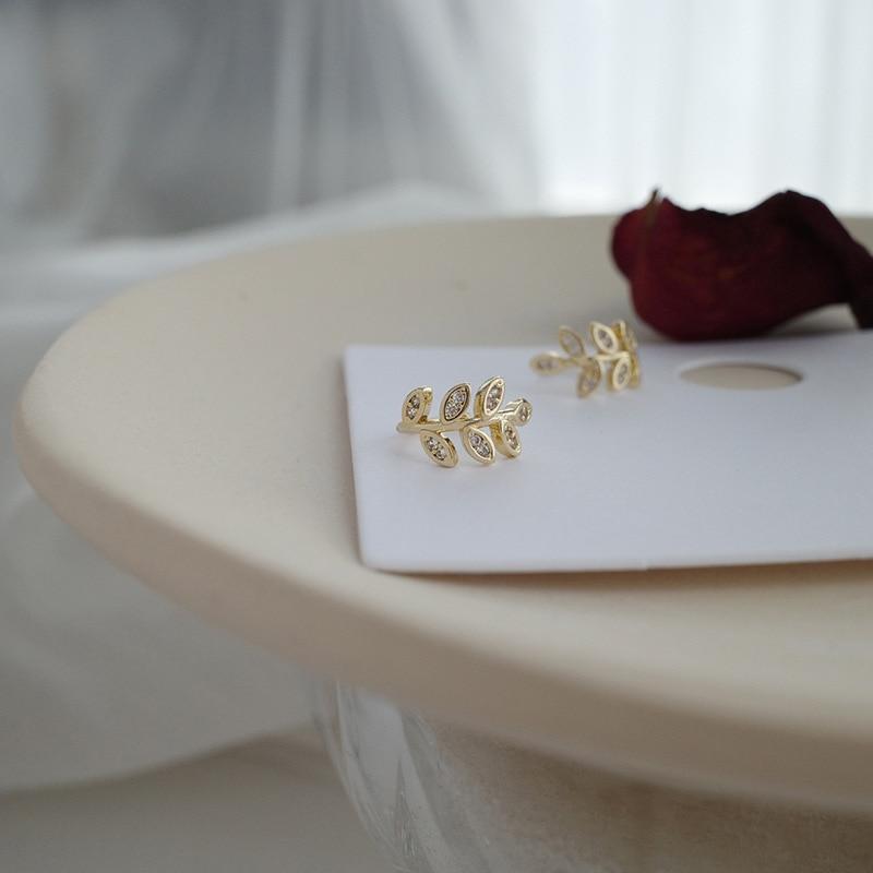 Ear Cuff Gold Leaves Non-Piercing Ear Clips Fake Cartilage Earring Jewelry For Women Men Crystal Ear Clips