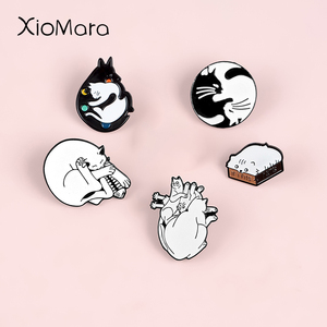 Lovely Cat Enamel Pins Black White Yin Yang Skull Heart Badges Brooches Animal Enamel Pins Gift for Cat Lover Kitty Mom Gifts