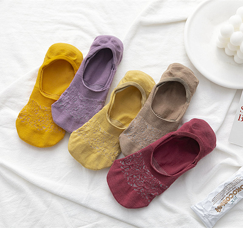 Women's Summer New Mesh Solid Color Light Mouth Invisible Socks