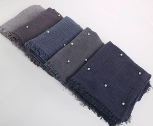 Image 3 - Muslim Headband Hijab Good Quality Scarf Solid Color Ladies Cotton Crinkle Plain Wrinkle Wrap Bubble Scarf Women Crinkled Shawl