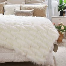 Noble Luxury Faux Fur Blanket European Fluffy Shaggy Sofa Blankets Bed Bed Bedspread White Warm Bedding Sheet Cozy Throw Blanket