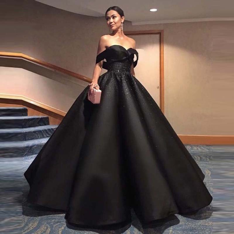 Black Chic Evening Dress Hippie Style Ball Gown Saudi Arabic Robe De Soiree Off Shoulder Beaded Formal Prom Gown