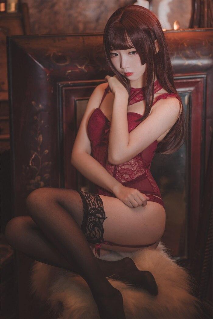 ★网红★面饼仙儿–脑内少女cos红色束衣[22P/211MB]插图