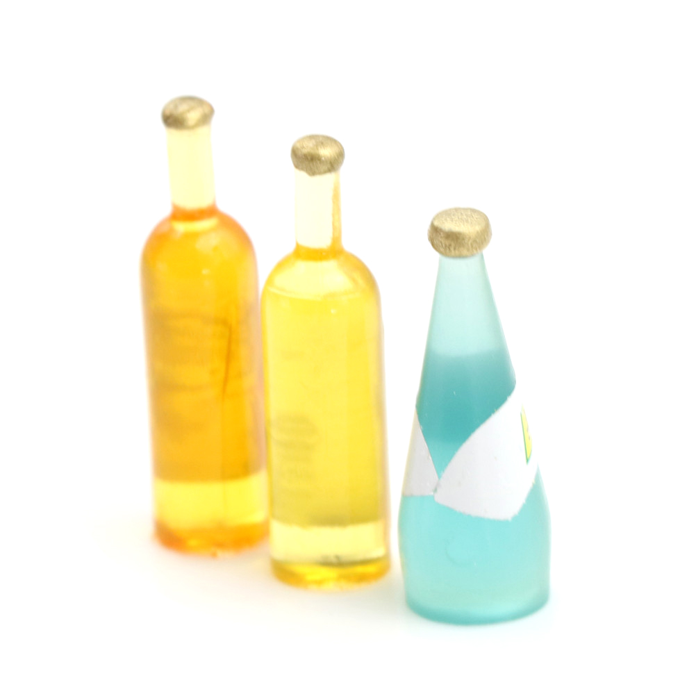 Classic Toys Set of 3Pcs Colorful Wine Bottles Dollhouse Scale Pretend Play Toys Creative Chindren Gifts for Kids Scale Models