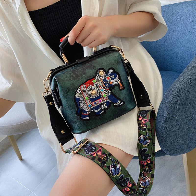Bolsa de Ombro Alça de Ombro Bolsas de Luxo Branco Bolsa Feminina Elefante Bordado Mulher 2020 Borboleta Ampla Bolsas Femininas Designer