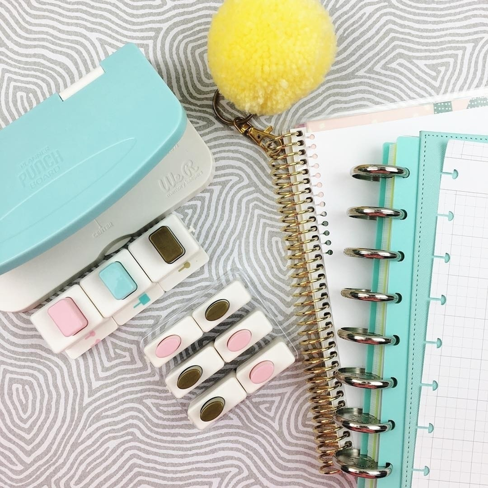 We R Memory Keepers Happy Planner Six-hole Loose-leaf Handbook Coil Album Notebook Punch A Powerful Universal Punching Artifact