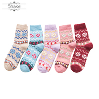 Women Knitted Socks Winter Casual Cotton Warm Cotton casual socks customized socks with litter flowers 5 colors