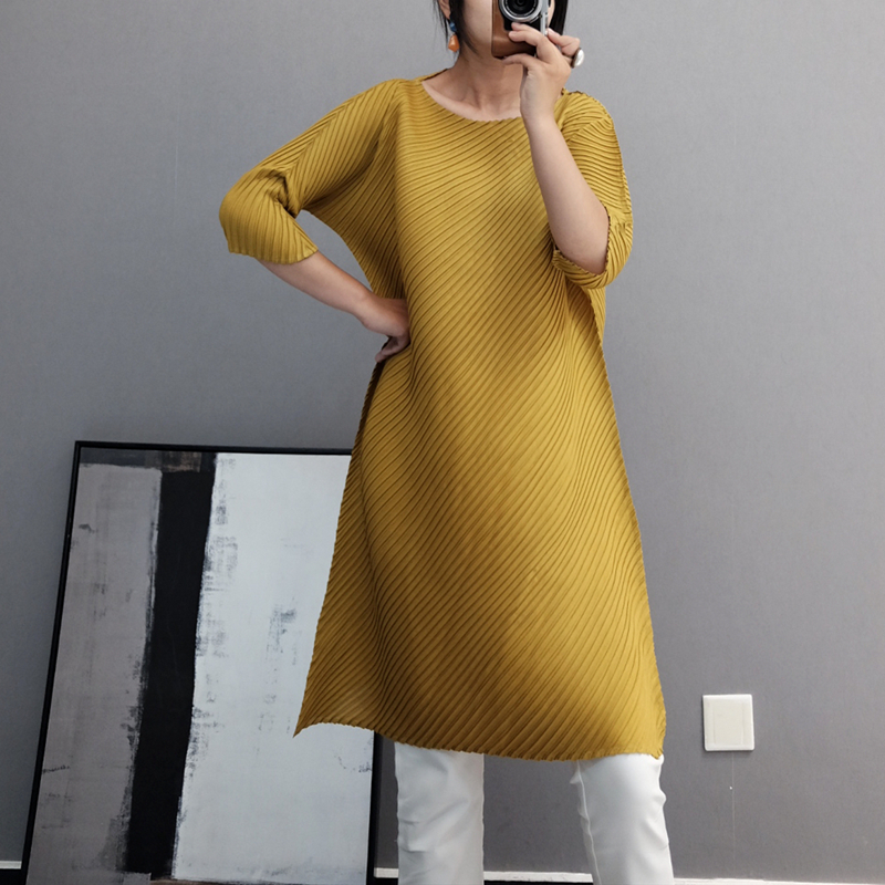 LANMREM 2020 New Short Sleeves Pleated Asymmetrical Pullover Round Neck Loose Summer Dress Knee Length Vestido WK83101