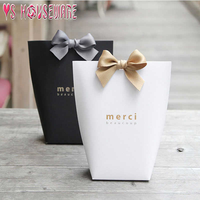 "5pcs Upscale Black White Bronzing ""Merci"" Candy Bag French Thank You Wedding Favors Gift Box Package Birthday Party Favor Bags"