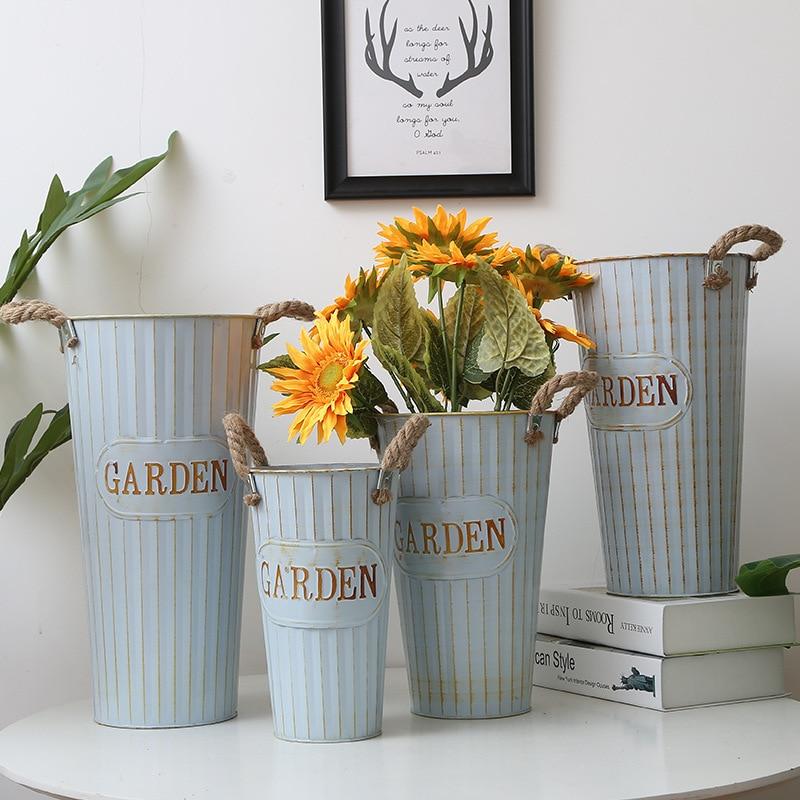 Cubo de hierro forjado Vintage para flores, maceta para flores suculentas, cubierta de jardín familiar, decoración del hogar, jarrón de flores de Arte de hierro