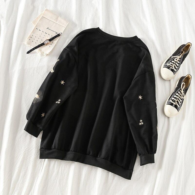 Mooirue 2019 Autumn Animal Embroidery Sweatshirt Loose Harajuku Streetwear Casual Long Sleeve O Neck Pullovers Korean Tops in Hoodies amp Sweatshirts from Women 39 s Clothing