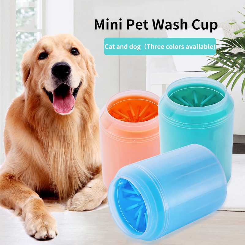 Portable Dog Paw Cleaner Cup For Small Large Dogs Pet Feet Washer Pet Cat Dirty Paw Cleaning Cup Soft Silicone Foot Wash Tool