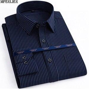 Image 1 - Herfst Mannen Plus Size Office Shirt Lange Mouw Winter Katoen 8XL 10XL 12XL Oversize Gestreepte Shirt Zakken Formele Shirt Blauw zwart