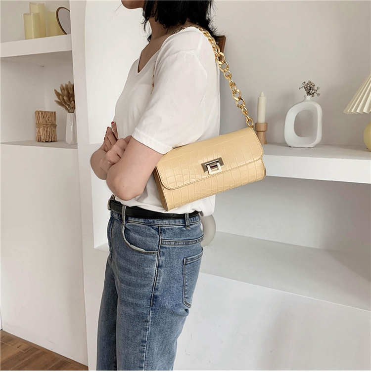 Crocodile Pattern Vintage Soild Color Small Square Bag For Women 2020 summer Handbag And Small Chain Bags Fashion Armpit Bag (8)