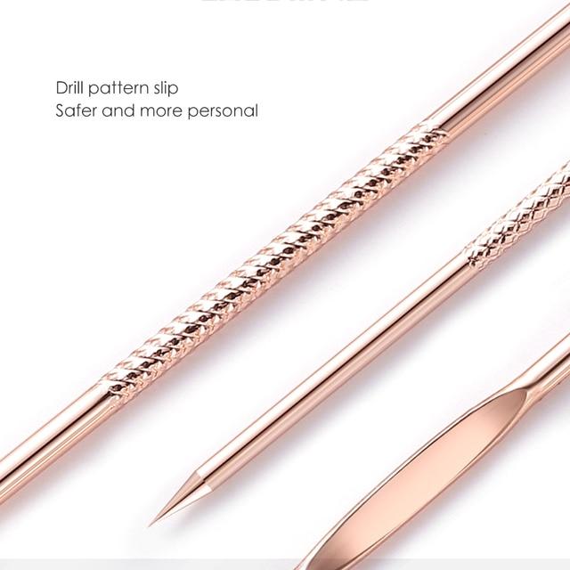Kit de soins de la peau du visage 4 pces Esthétique professionnelle Bella Risse https://bellarissecoiffure.ch/produit/kit-de-soins-de-la-peau-du-visage-4-pces/