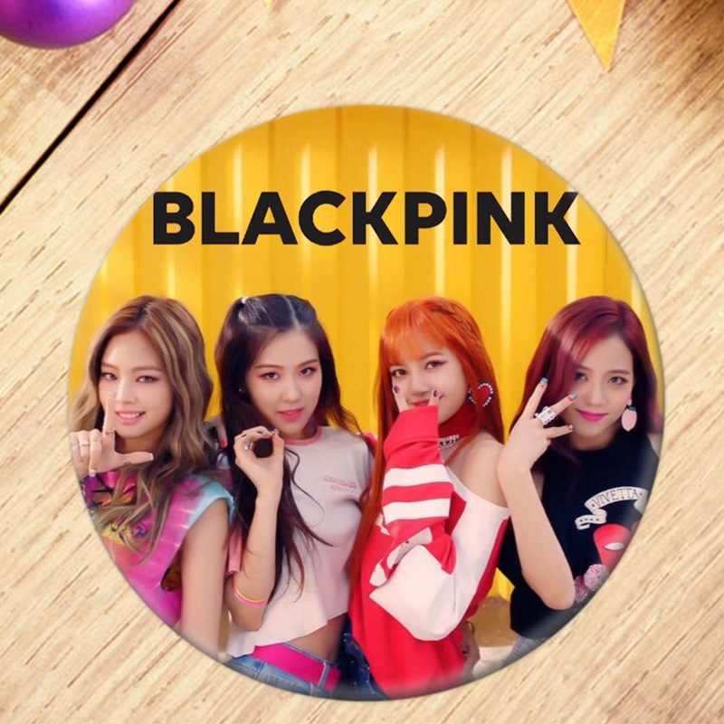 شعبية بين المشجعين K-POP BLACKPINK ألبوم بروش شارة بدبوس اكسسوارات للملابس قبعة على ظهره الديكور
