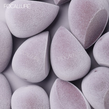 FOCALLURE Professional Soft Cosmetic Puff Microfiber Velvet Powder Concealer Makeup Sponge Tool