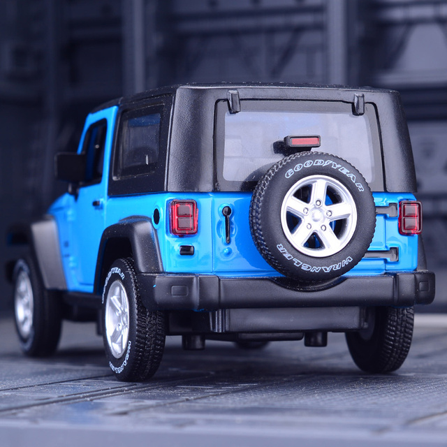 1:32 Jeep Wrangler Rubicon Alloy Model Car Diecasts Metal Toy Off-road Vehicles Model Collection High Simulation Kids Toy Gift 4
