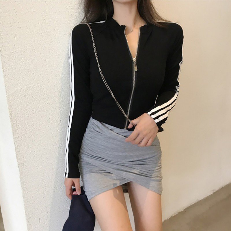 2020 Female Fashion Black Slim-fit Zipper Jacket Solid Color Coat Pockets Decoration V-Neck Simple Jackets Outerwear