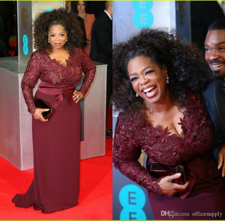 Oprah Winfrey Burgundy Long Sleeves Mother Of The Bride Dresses V-Neck Sheer Lace Sheath Plus Celebrity Red Carpet Evening Gown