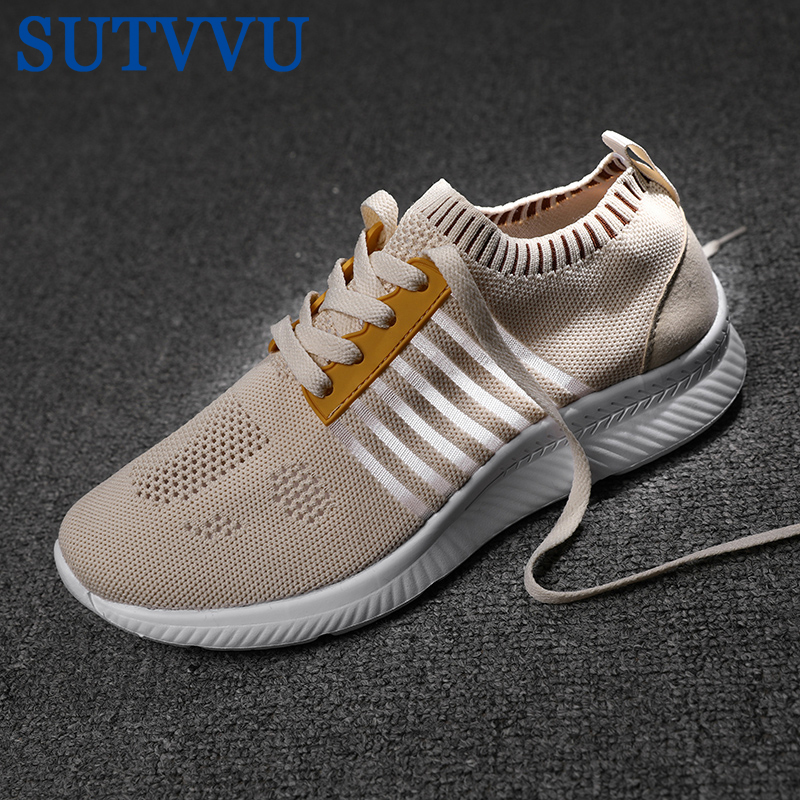 SUTVVU 2020 New Summer Lazy Shoes Men Flying Woven Casual Shoes Beige Color Breathable Student Couple Shoes Men Tenis Masculino