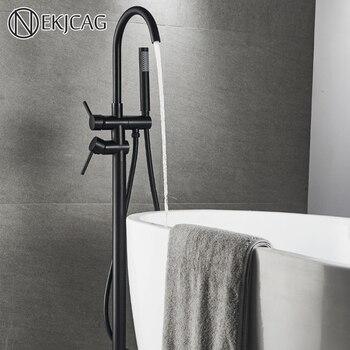 Wanna stojąca na czarnej podłodze kran do łazienki wielokolorowa obrotowa wylewka bateria kranowa z ręcznym prysznicem