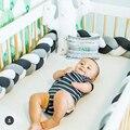 2M trenzada cuna parachoques largo anudado trenza almohada bebé manta suave trenzado largo tejido tiras decoración infantil ropa de cama de bebé de