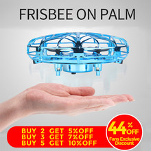 Anti-collision Mini Drone UFO main volant Globe quadrirotor main contrôle LED hélicoptère LED Induction volant balle avion RC jouets(China)