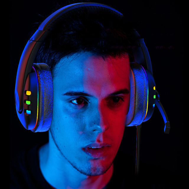 Gaming Headsets With Microphone PC Gamers Headsets Wired Headphones Backlit RGB Headset For Computer Tablet For Xbox One PS4 PS5 3