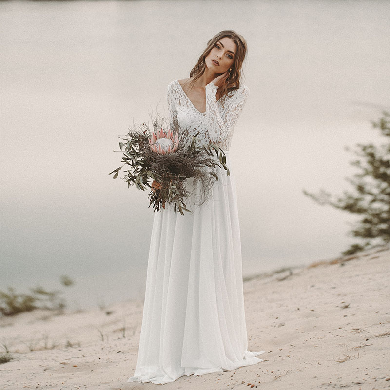 Beach Wedding Dress Long Sleeve Boho V Neck Open Back Bridal Dresses 2019 Chiffon Princess Lace Chiffon Wedding Gown Novia