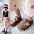Полубосоножки для девочек, коллекция весна-лето 2021, детская пляжная обувь в британском стиле, детские сандалии на плоской подошве с вырезам...