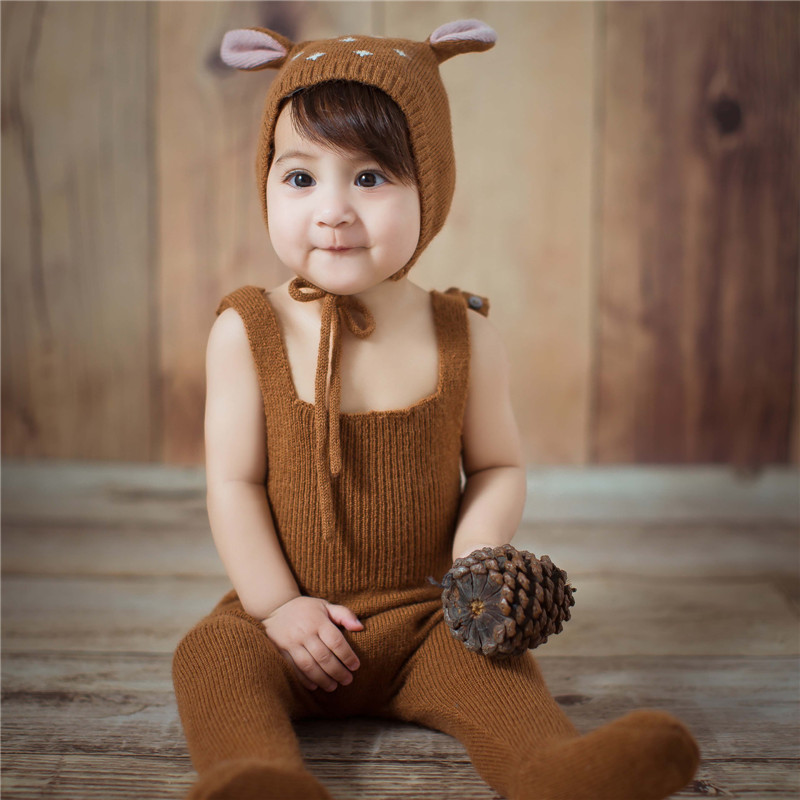 2019 New Baby Photo Outfits Kawaii Elk Rompers Hat Suit Baby Boy Photography Clothes for 6-18 Months Newborn Photography Props