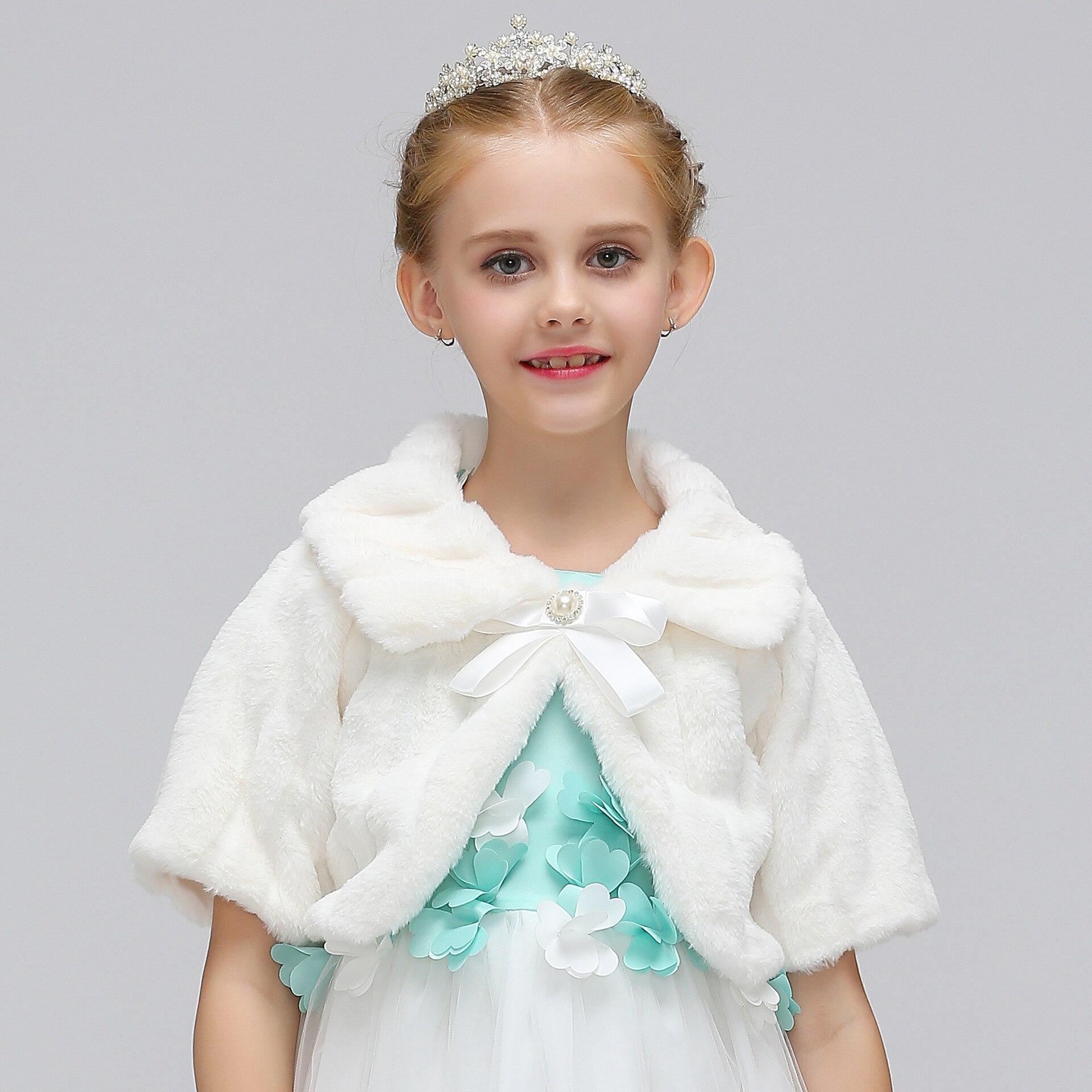 Warm Fur Shawl For Kids Party Prom Faux Fur Wrap Bolero Kid Ivory Cameo Champagne Blue 4 Colors Wedding Girl Bolero Jacket Cape