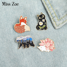 Bag Brooches Hedgehog Jewelry-Gift Lapel-Pin Animal-Badge Forest Garden Custom Bear Friends