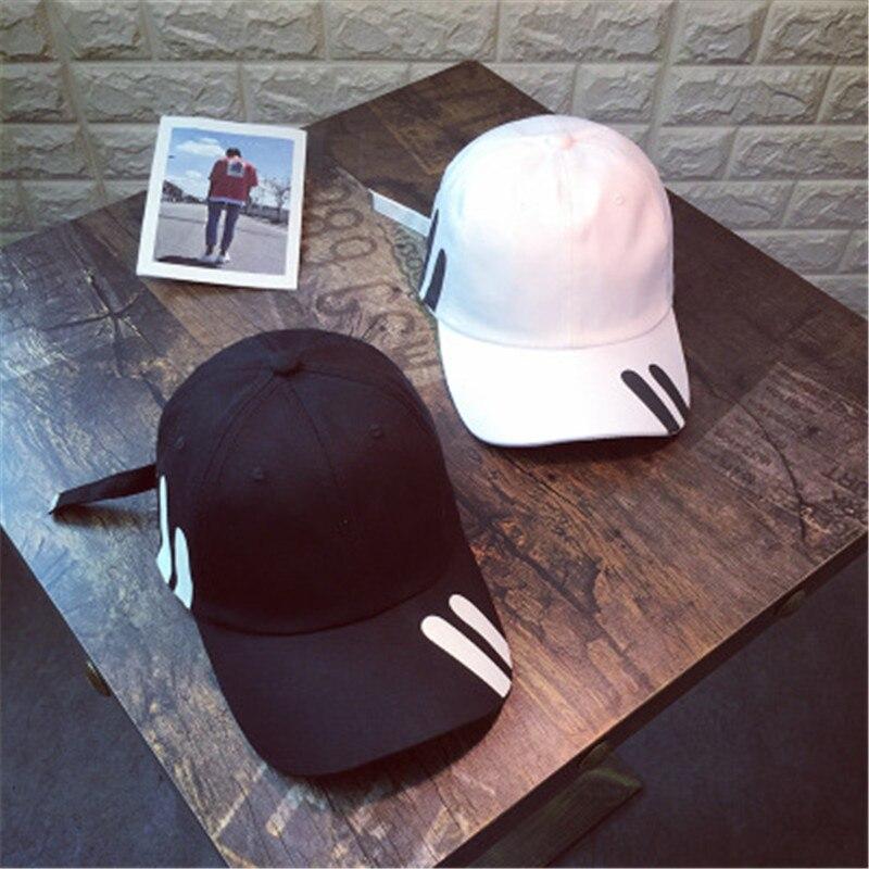 2019 New Hat Women Korean Couple Hip Hop Baseball Caps Fashion Men Youth Leisure Out Sun Hat Student Cap Gorra Hombre Snapback