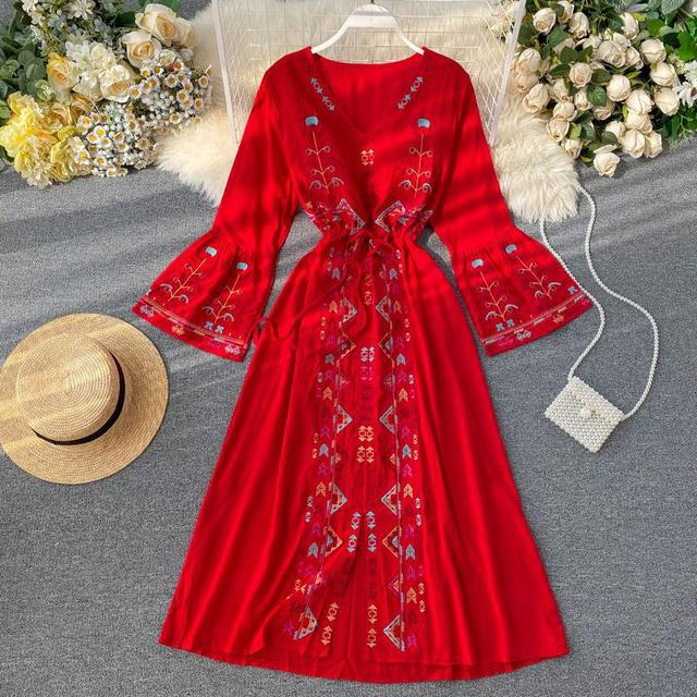 Elegant Dress National Style Embroidery Temperament Collect Waist Show Thin Beach Style Vestidos Solid Color Plus Size Dress 3