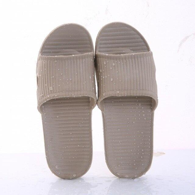 Nova mulher piso interior sapatos planos verão antiderrapante chinelos de banho chinelos de casa feminino confortável zapatillas hombre 4