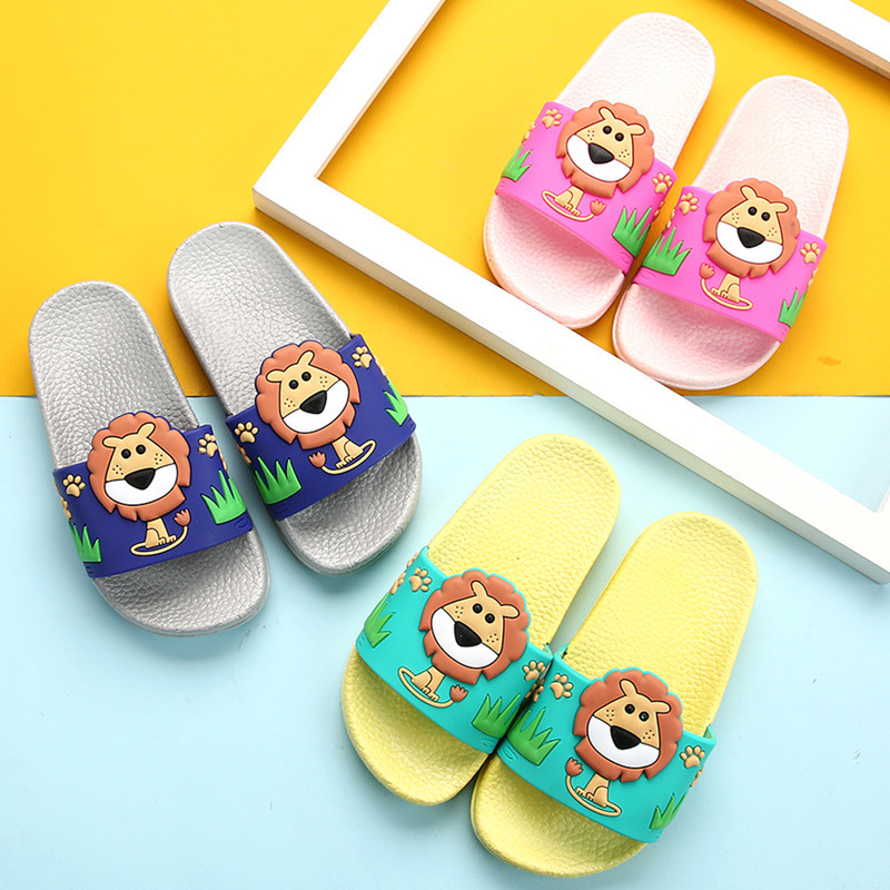 Boys Cartoon Lion Slipper Kids Summer Flip Flops Casual Outdoor Shoes Soft Beach Shoes Girls Cute Swimming Slippers Zapatillas
