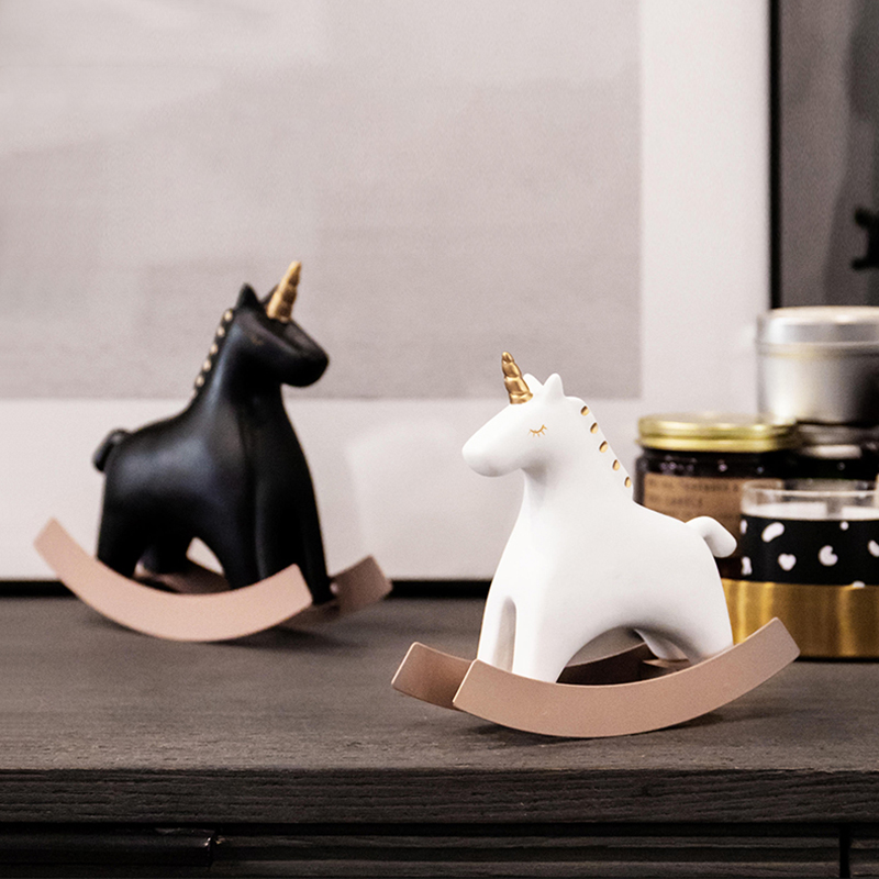 Nordic Ins Home Decoration Cute Unicorn Trojan Resin Figurine Desk Decoration Living Room Kids Room Decoration Home Accessories