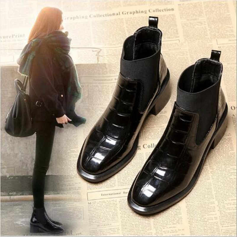 34-40 2019 Autumn and Ainter New Boots Crocodile leather Women's Boots ladies Fashion Boots thick With Martin Boots