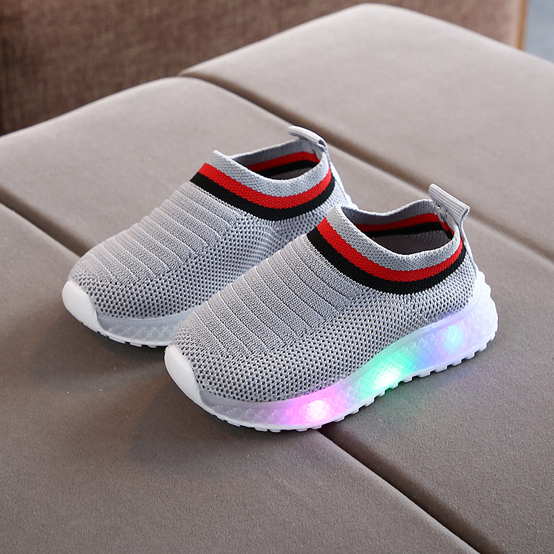 New Casual Children Shoes Baby Boy Shoes LED Light Luminous Fashion Girl Sport Sneakers Walkers Shoe Spring Autumn