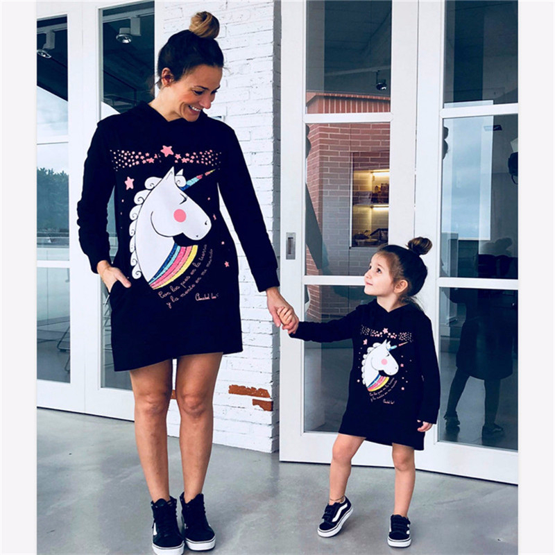 Unicorn Print Mother Daughter Dress Long-Sleeved Mommy And Me Hooded Sweatshirt Kids Dresses For Girls Family Matching Clothes