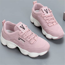 Купить с кэшбэком Fashion Winter shoes woman Fur warm Sneakers tenis feminino platform Casual Suede zapatos de mujer brand Women's buty damskie
