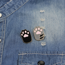 Dog Cat Claw Series Brooch Cute Toe Bean Team Heart Paw Print Talk To The Enamel Pin Denim Backpack Badge Friends Gifts
