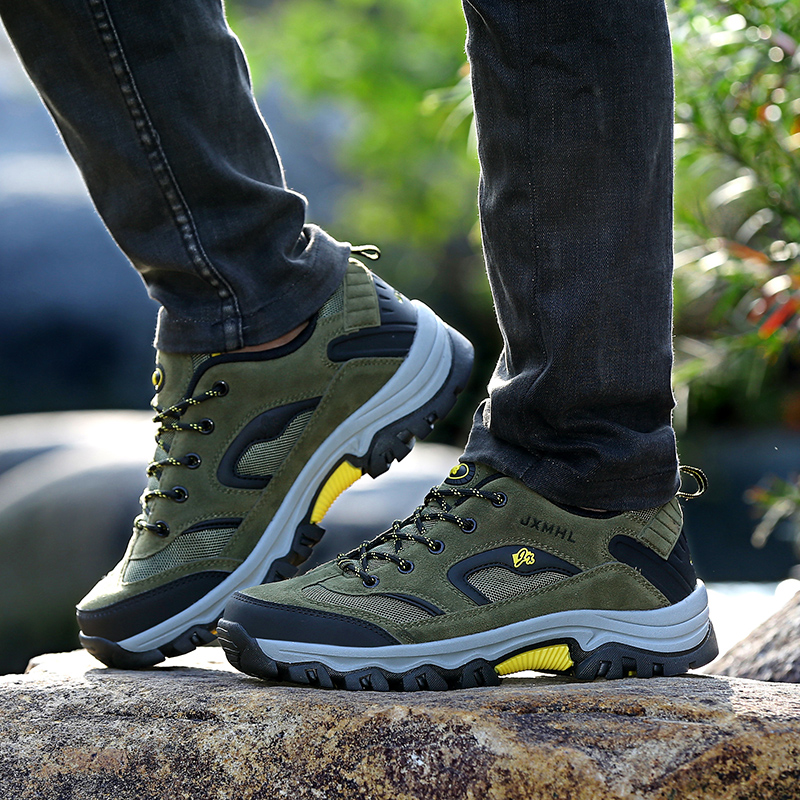 New Winter Snow Boots Warm Super Men High Quality Waterproof Leather Sneakers Outdoor Male Hiking Boots Work Shoes Size 39-47