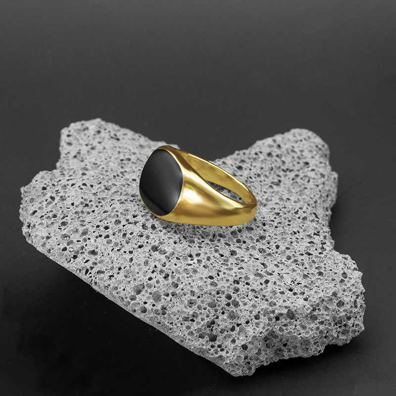 ผู้ชาย VINTAGE แหวนเงินทองชุบเคลือบสีดำแหวน Punk CLASSIC สีดำหยดเลียนแบบหินสีดำชายแหวน