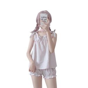 Image 3 - 2019 קיץ חדש kawaii נשים שני חלקים חליפת Harajuku מתוק חגורת רצועת למעלה + מכנסיים קצרים בית נקבה פיג מה סט