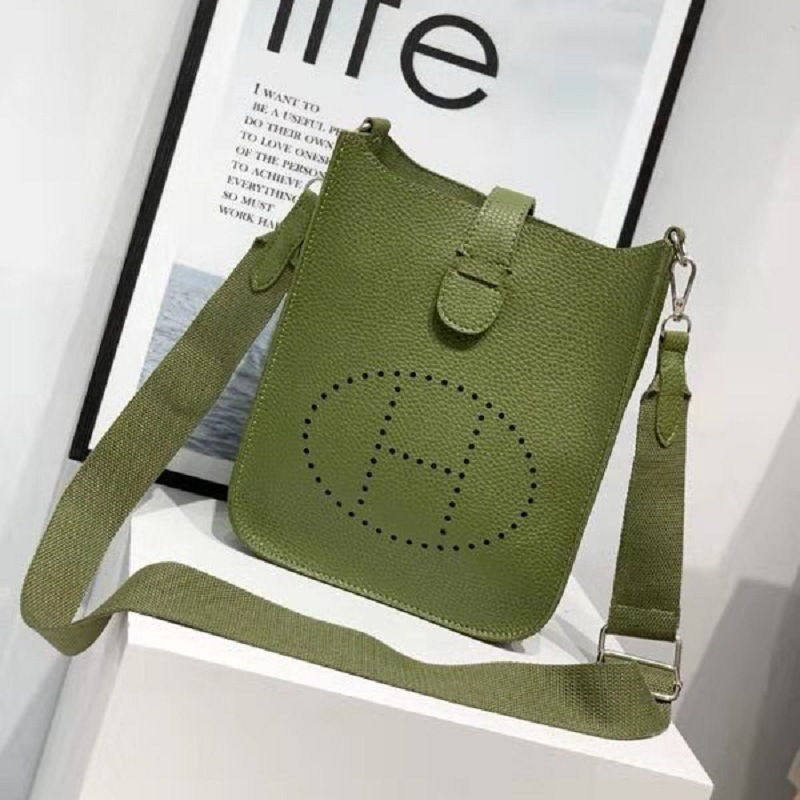 New Products New Arrival Casual Versatile Fashion Western Style Textured Bag Simple H With Holes Hand Single-shoulder Bag For Wo
